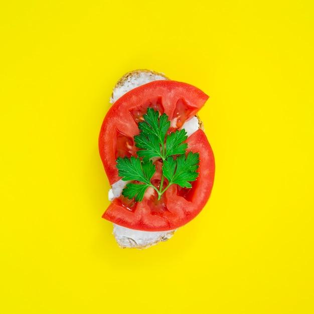 トップビューおいしいトマトサンドイッチ 無料写真