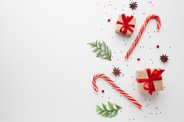 コピースペースでトップビュークリスマス飾り 無料写真