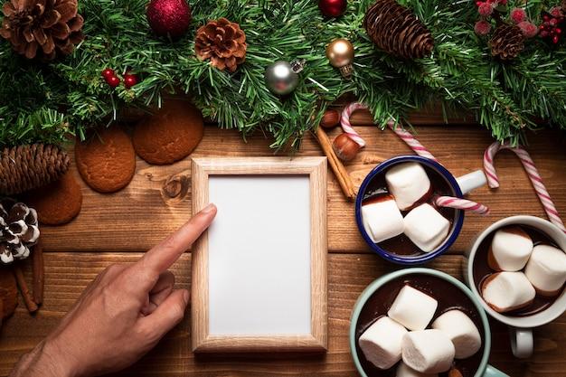 ホワイトボードとトップビューホットチョコレート 無料写真