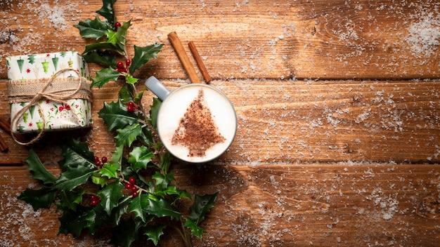 コピースペースを持つトップビューコーヒーカップ 無料写真