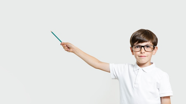 眼鏡とかわいい若い男の子 無料写真