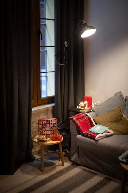 クリスマスの要素のあるリビングルーム 無料写真
