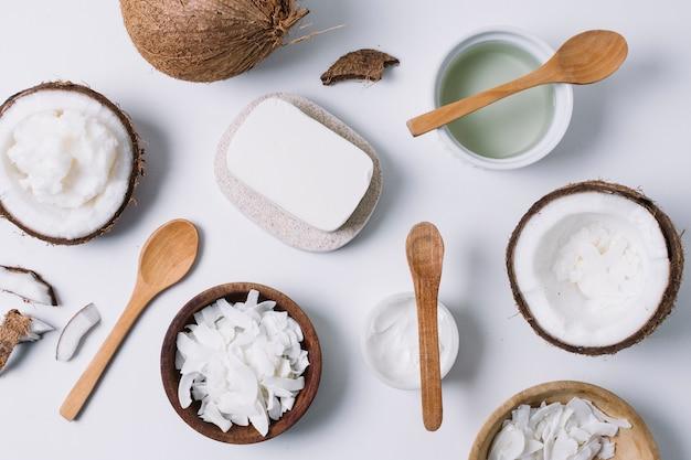 ココナッツ製品の品揃えトップビュー 無料写真
