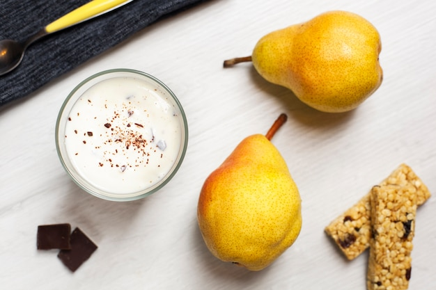 Плоский десерт с грушами Бесплатные Фотографии