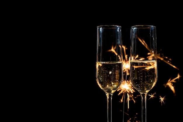 花火とシャンパンのコピースペース新年会 無料写真