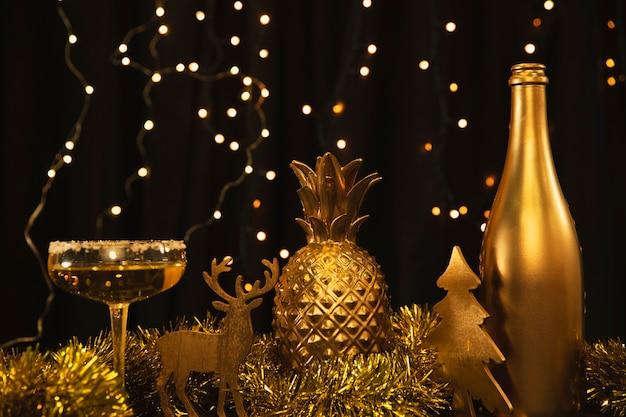 新年の記念日にローアングルゴールデンテーマ 無料写真