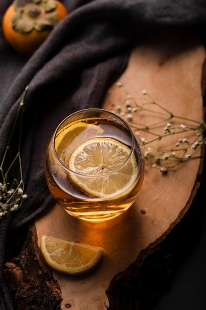 飲料コンセプトトップビューでレモン 無料写真