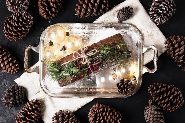 クリスマスのために作られたトップビューおいしいケーキ 無料写真