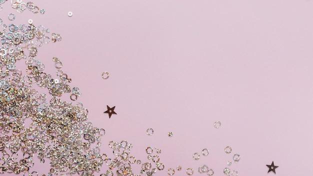 紫色の星とコピースペースとサークルスパンコール 無料写真