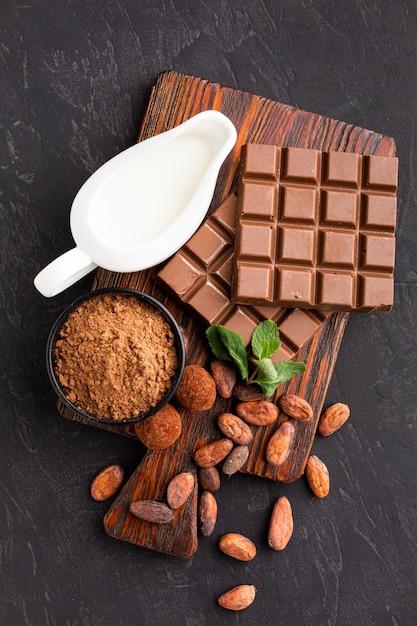 おいしいチョコレートバーのトップビュー 無料写真