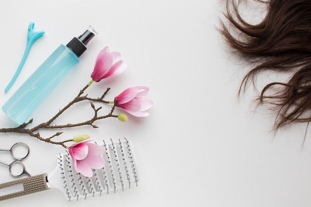 スプレーボトルで自然な髪 無料写真