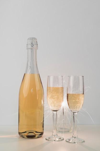グラスシャンパンボトル 無料写真