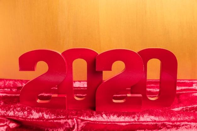 赤い旧正月番号の正面図 無料写真