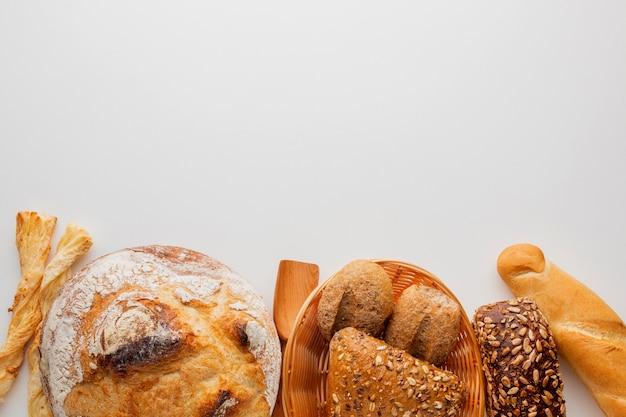 さまざまなパンおよびペストリー製品 無料写真