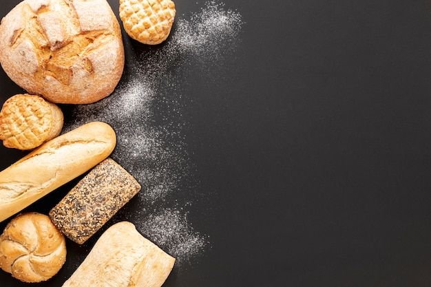 Вкусная хлебная рамка с копией пространства Бесплатные Фотографии