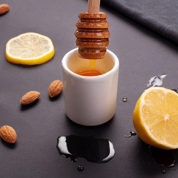 自家製蜂蜜とレモンのクローズアップ 無料写真