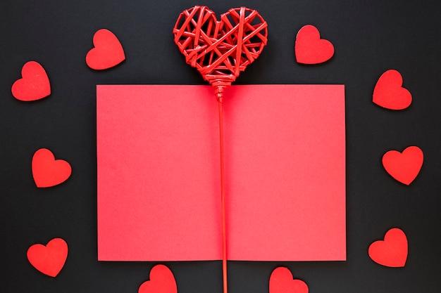 Валентина бумага с сердечками Бесплатные Фотографии