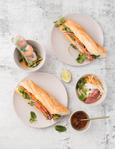 サンドイッチの品揃えのトップビュー 無料写真