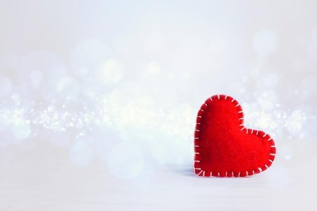 バレンタインデーのコピースペース赤いハート 無料写真