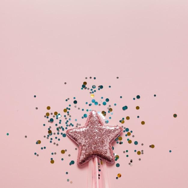 クローズアップピンクの星とキラキラのトップビュー 無料写真