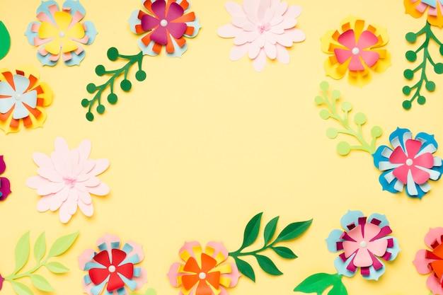 Вид сверху красочных бумажных цветов на весну Бесплатные Фотографии