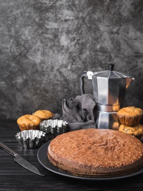 正面プレートのおいしいケーキ 無料写真