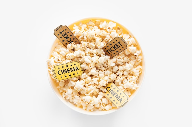 Попкорн чаша и билеты в кино Бесплатные Фотографии