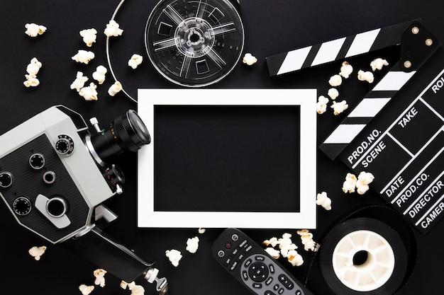 Элементы фильма на черном фоне с пустой рамкой Бесплатные Фотографии