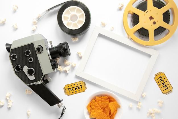 Элементы фильма на белом фоне с белой пустой рамкой Бесплатные Фотографии