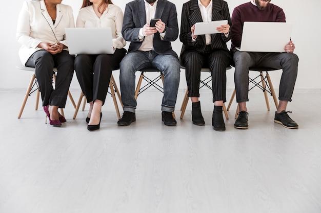 ビジネスの人々の正面図 無料写真