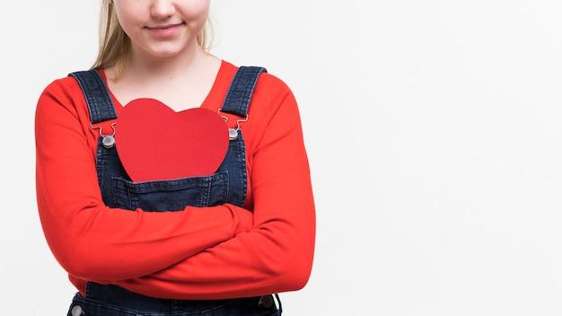 ポーズかわいい若い女の子の肖像画 無料写真