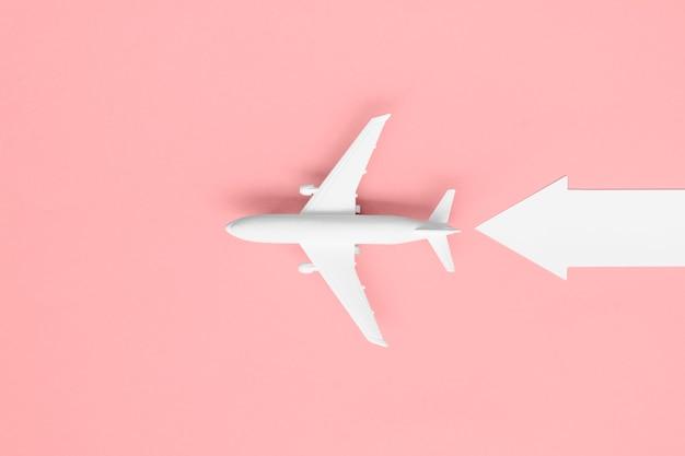 矢印の付いた平面図飛行機 無料写真