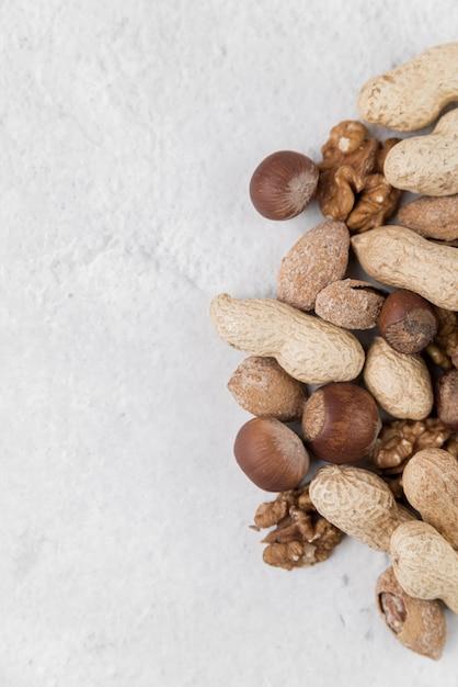 Крупным планом вид орехов концепции Бесплатные Фотографии