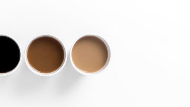 Композиция сверху с различными видами кофе Бесплатные Фотографии