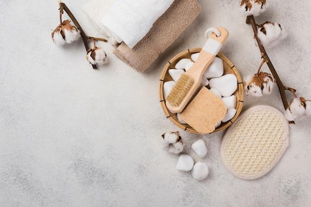 トップビュースパ石と石鹸でブラシ 無料写真