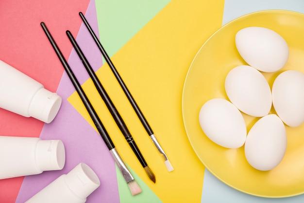 Яйца, подготовленные к покраске Бесплатные Фотографии