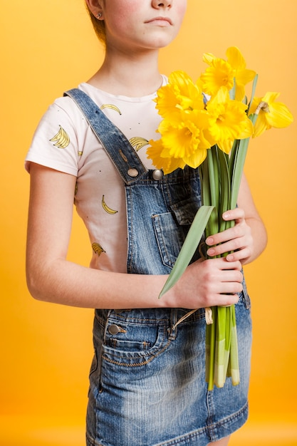 Макро девушка с цветами Бесплатные Фотографии
