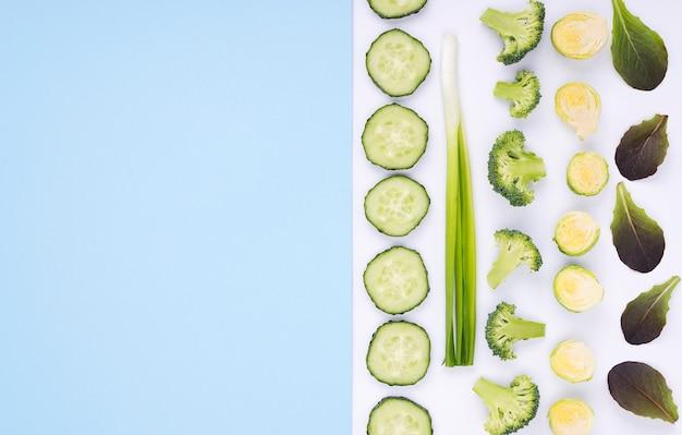 コピースペース付きの新鮮な野菜のトップビューセレクション 無料写真