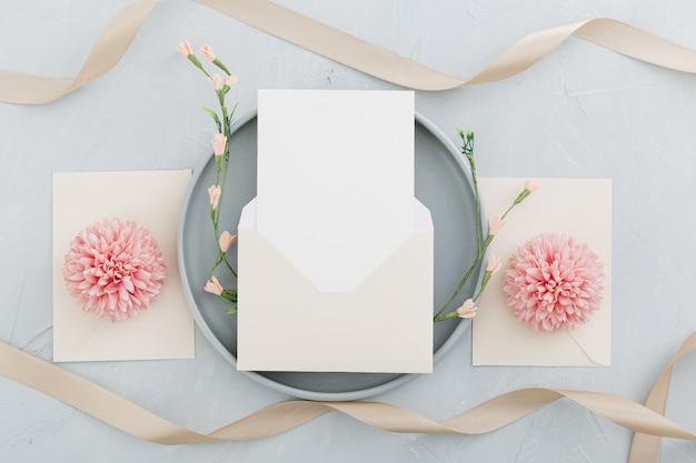 コピースペースと美しい結婚式のコンセプトのフラットレイアウト 無料写真