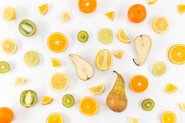 Вид сверху на груши и цитрусовые Бесплатные Фотографии