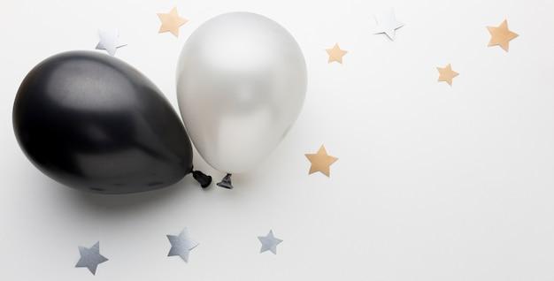 Вид сверху шары для вечеринки с копией пространства Бесплатные Фотографии