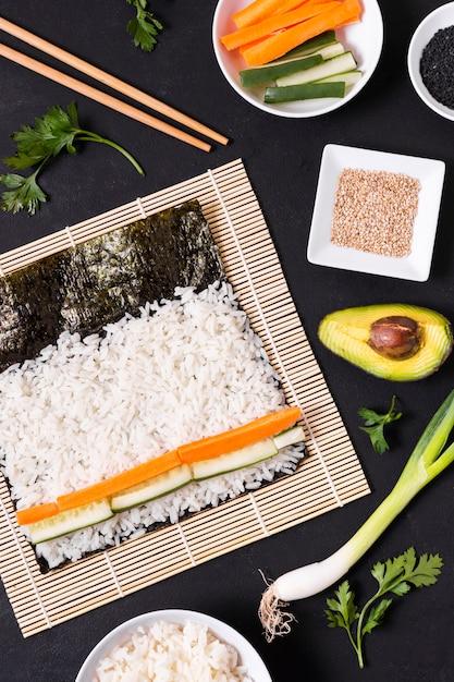 平置き寿司作り 無料写真