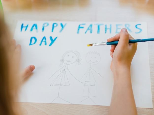 Счастливый день отца с рисунком дочери и папы Бесплатные Фотографии