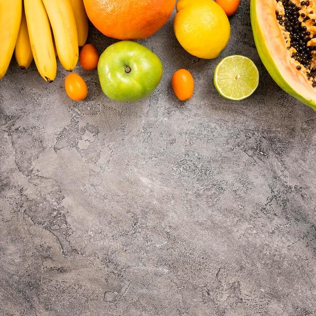 漆喰背景においしい果物 無料写真