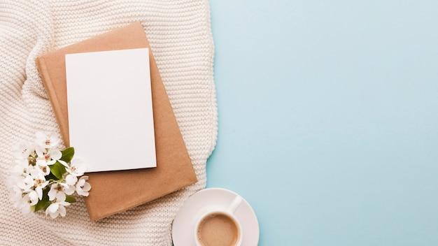コピースペースとコーヒーのカップ 無料写真