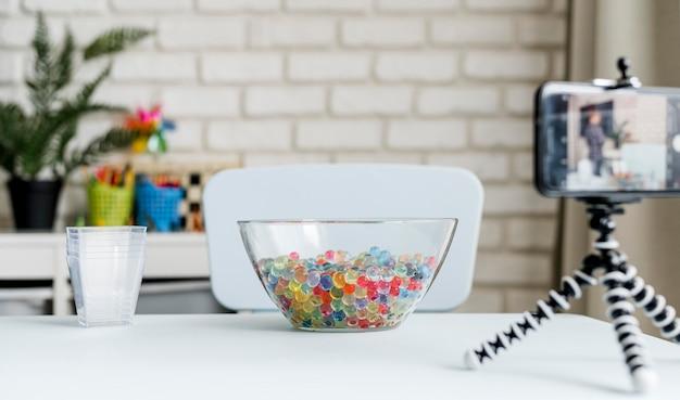 Прозрачная чаша с шариками из гидрогеля Бесплатные Фотографии