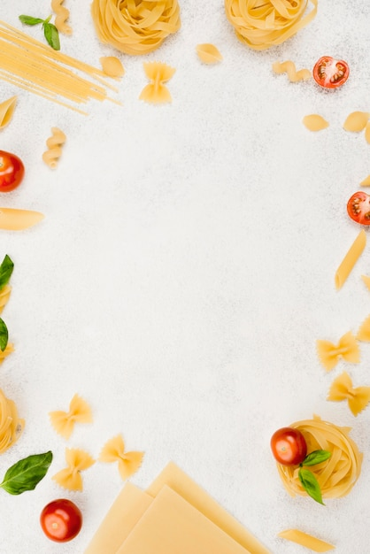 Рама из плоской итальянской пасты Бесплатные Фотографии
