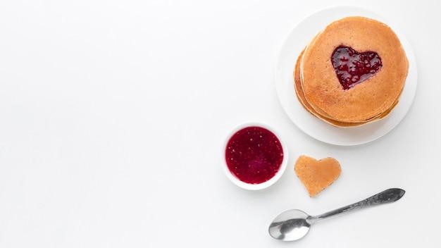 トップビューフルーツジャムとパンケーキ 無料写真
