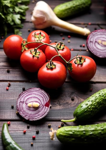 スパイスと野菜のサラダ 無料写真