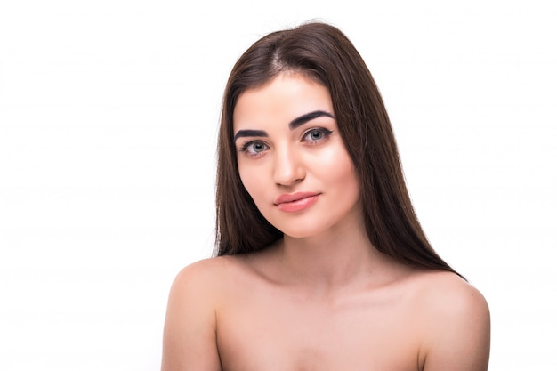 白い肌のケアの美しい女性の肖像画に分離された白人の美しさの女性 無料写真